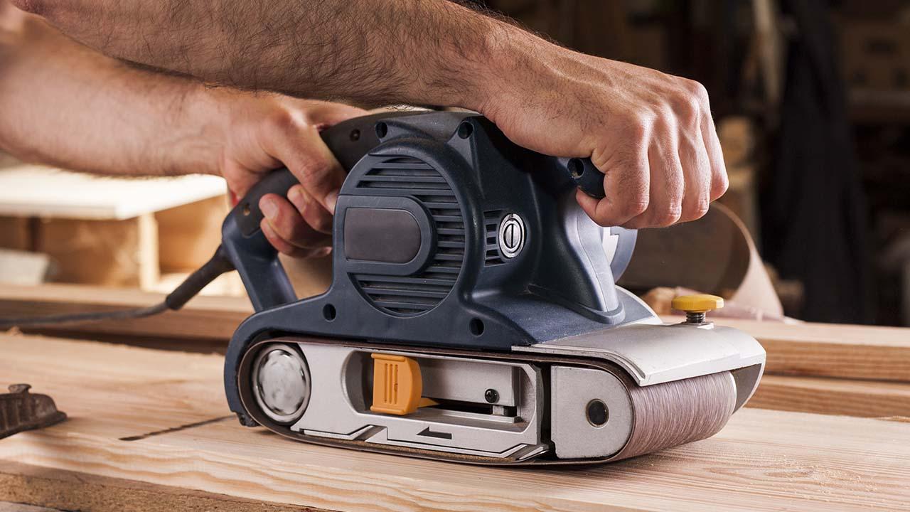 Belt Sander for Log Homes