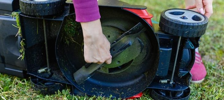How to Sharpen Mulching Lawn Mower Blades