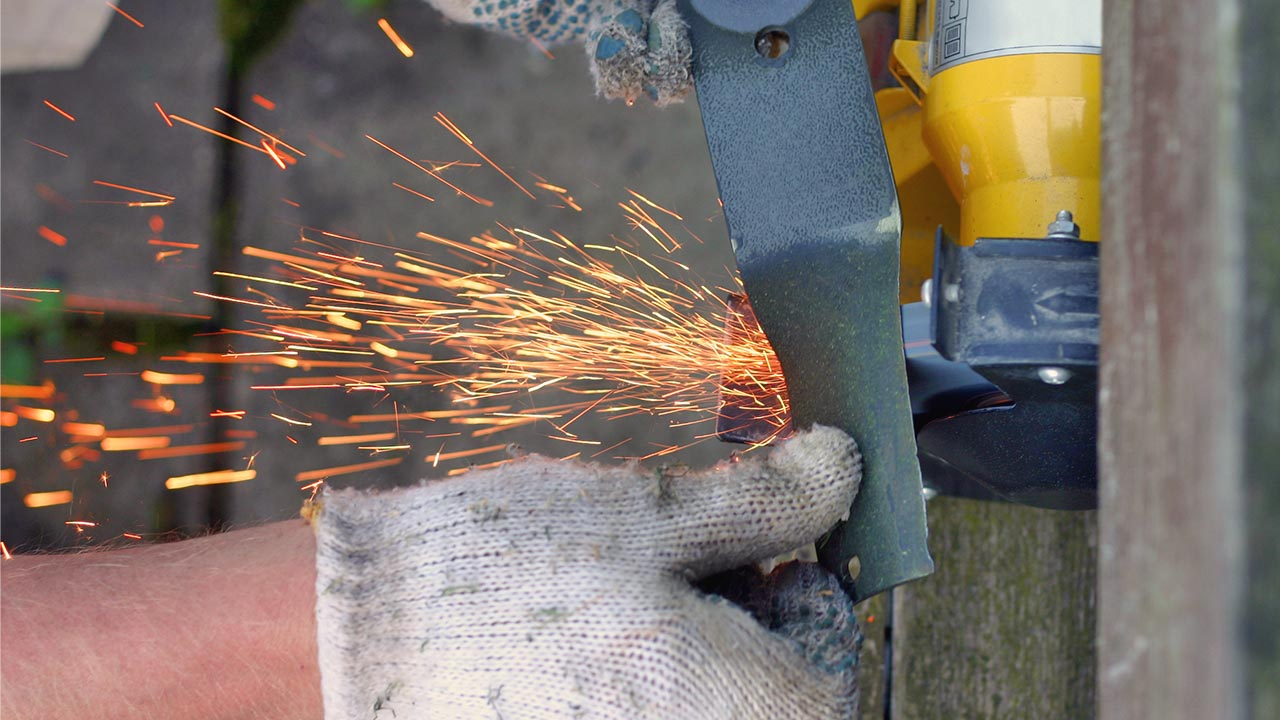 Step by Step Guide to Sharpen Mulching Lawn Mower Blades