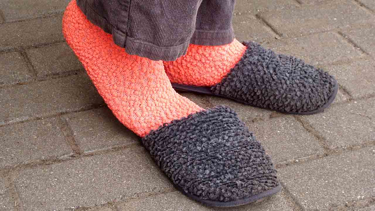 Socks for Walking on Concrete Buying Guide